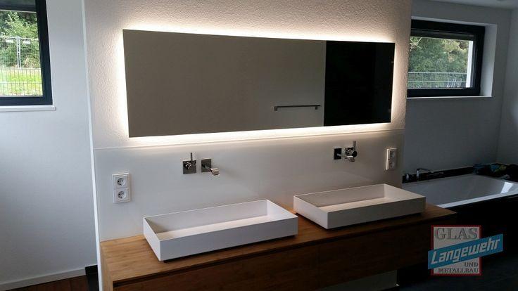 Spiegel mit LED Beleuchtung (mit Tageslicht) Lampen Pinterest - spiegel badezimmer mit beleuchtung