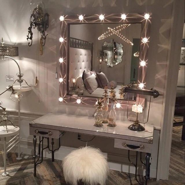 L Home+accessory Mirror+lights Fur+chair Silve+mirror+frame Room  Makeup+mirror Makeup+vanity Vanity+mirror Bedroom