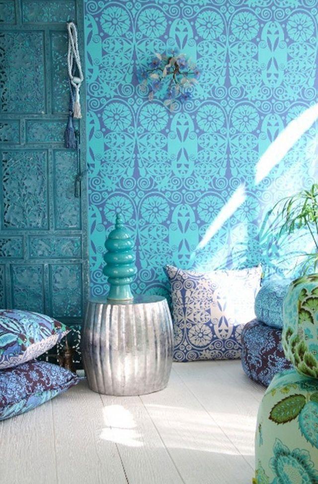 Best 25 bright wallpaper ideas on pinterest new for Bright bathroom wallpaper