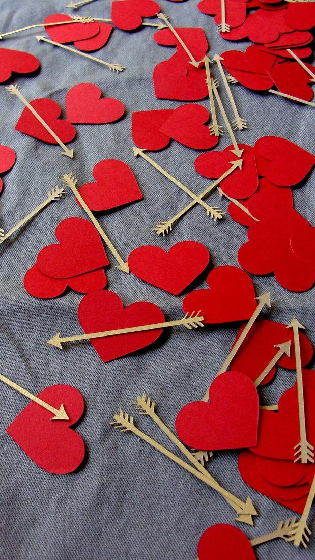 Hearts and Arrows Confetti. $7.50, via Etsy.