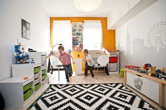 home, kedvencotthon, interiordesign, interiorstyling, kidsroom, walldecor, diy, silhouette, metropolis, houses, desk, tables, comics, lego storage (photo: Milán Tóth)