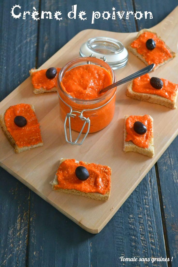 Crème de poivron Ingrédients :  2 beaux poivrons rouges grillés natures (sans assaisonnement) 35 g de noix de cajou  1 petite gousse d'ail 1 filet d'huile d'olive 1 cc de vinaigre de cidre Sel et poivre blanc