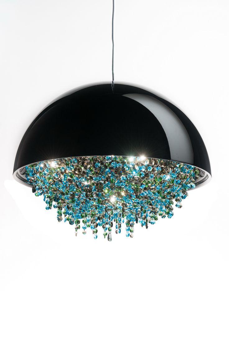 Ozero Crystal Chandelier Manooi www.manooi.com #Manooi #Chandelier #CrystalChandelier #Design #Lighting #Ozero #luxury #furniture
