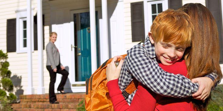 ¿Cómo pueden las familias ensambladas tener buenas relaciones con quienes las rodean? Lamadrastra, los parientes y los amigos tienen ante sí un reto singular.