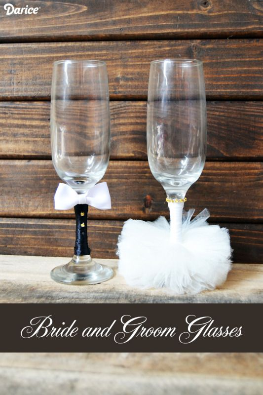 DIY Wedding Crafts: Bride and Groom Glasses