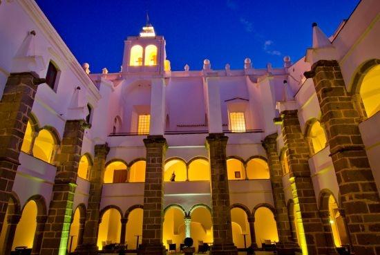 Convento do Espinheiro, um hotel obrigatório em Evora