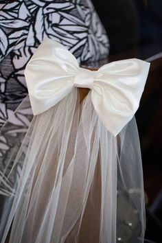elegant pew bows -  This bow would work in any color as long as with same color of tulle