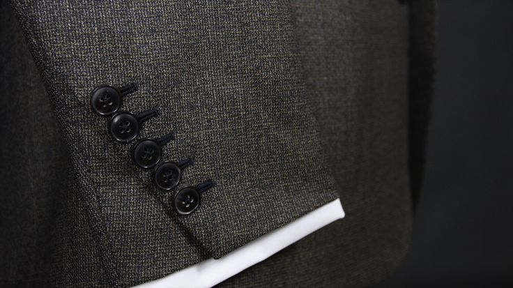 Sleeve details on our bespoke suits - made by Sebastian Hoofs