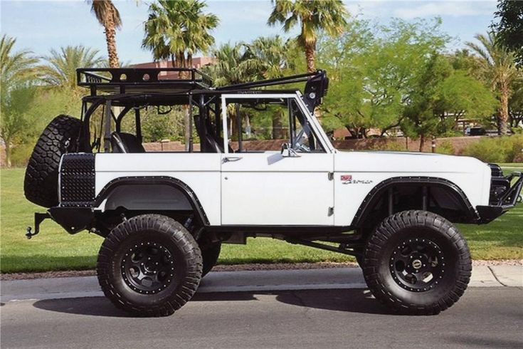 1974 FORD BRONCO CUSTOM SUV