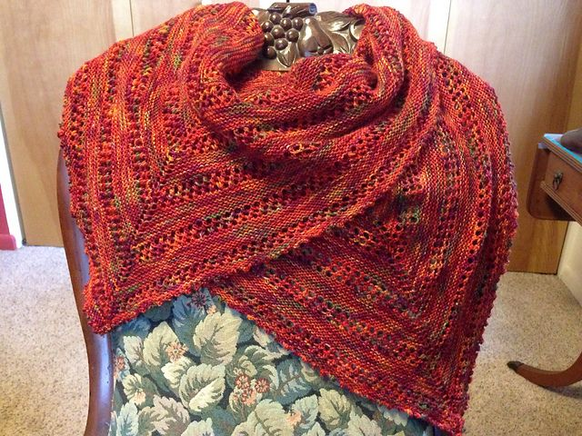 Autumn in New England by Susan Stambaugh (Abstract Fiber designs). Knitted in Temptation.