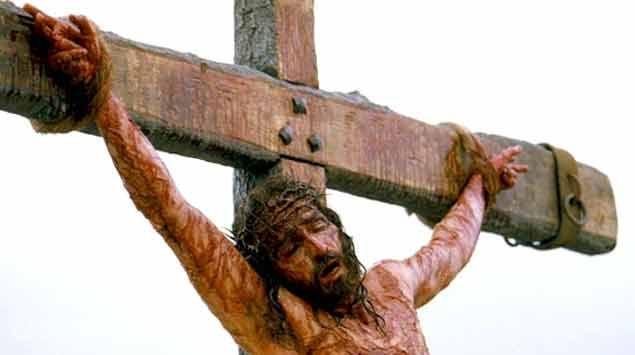 Luego de 13 horas de agonía, Cristo murió por un edema pulmonar - Subrayado