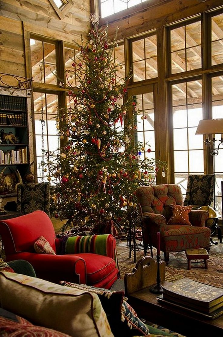 Christmas cabin interior - A Little Christmas Cabin In The Woods Is All We Need 27 Photos