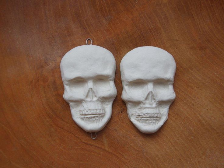 Semi-Precious Stones – Ceramic skull – a unique product by Efraim_jewellery on DaWanda