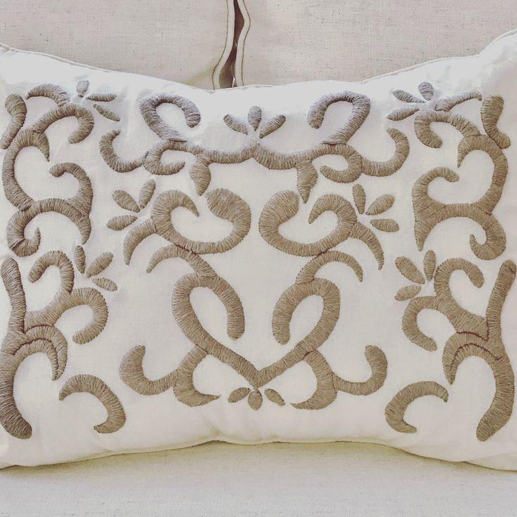 @mariana.bordados - bordado a mano con lana
