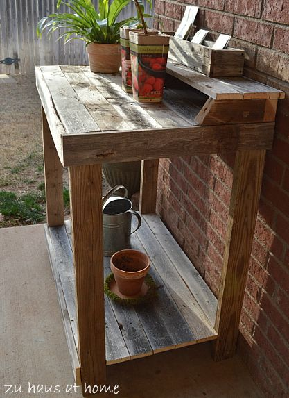 Potting Bench from old fence boards or pallets  @Monika Albrecht Lane