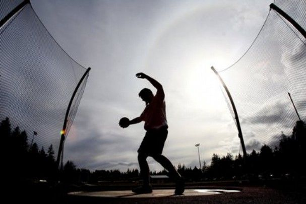 Complete Full-Year Workout Program for High School and Collegiate Throwers