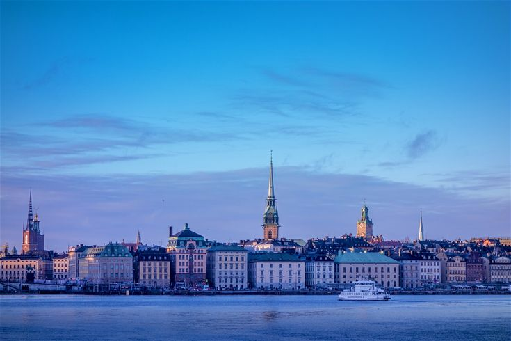 Explore Sweden holidays and discover the best time and places to visit. | Frozen wastelands, cosy cottages, virgin forest, rocky islands, reindeer herders and Viking lore – Sweden has all that plus impeccable style and to-die-for dining.