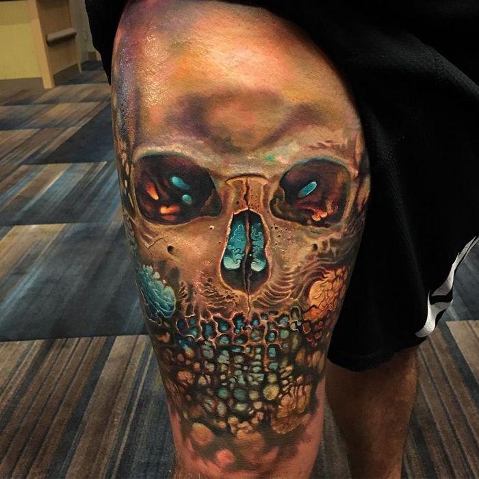 Amazing Arty Skull Thigh Tattoo | Best tattoo ideas & designs