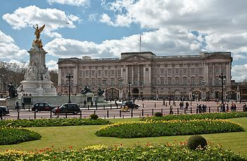 Google Image Result for http://upload.wikimedia.org/wikipedia/commons/thumb/b/b4/Buckingham_Palace,_London_-_April_2009.jpg/350px-Buckingham_Palace,_London_-_April_2009.jpg