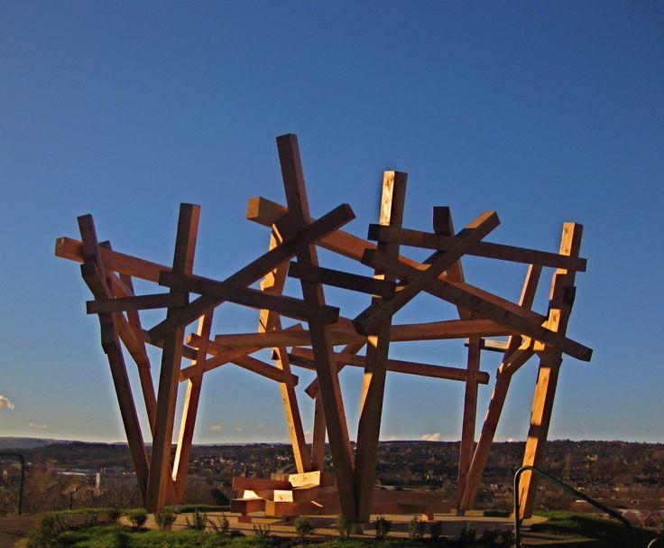 Handspring Crows nest. viewpoint sculpture and seating in Sheffield Park. https://handspringdesign.wordpress.com