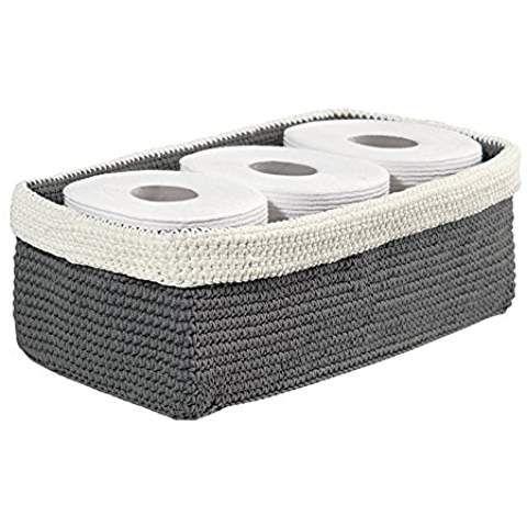 mDesign gestrickter Badezimmer Organizer – Aufbewahrung für Toilettenpapier und Handtücher auf dem Spülkasten – grau/elfenbeinfarben
