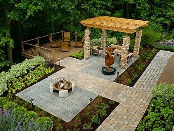 cheap landscaping ideas for backyard