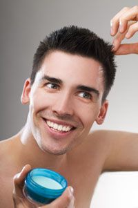 facet układa włosy - Szukaj w Google