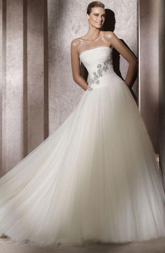 Vestido de noiva tomara que caia em tulle - Vestidos de Noivas