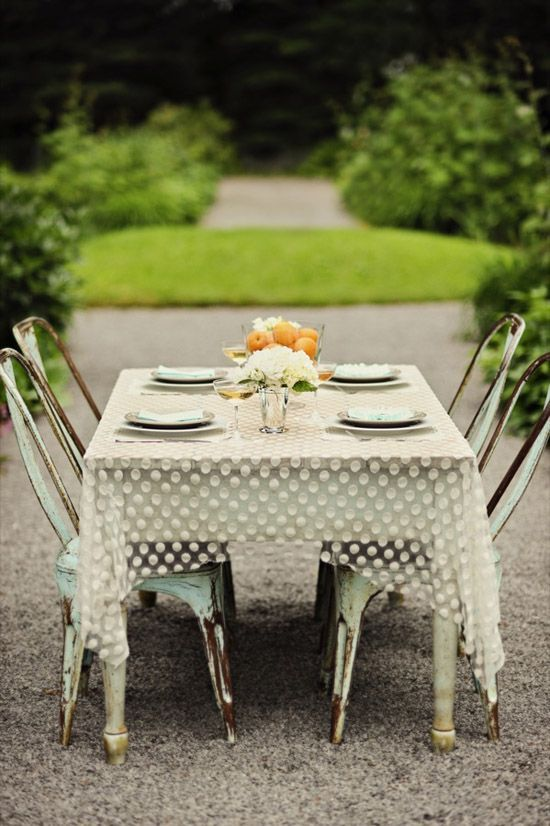 Outdoor table with Tolix chairs