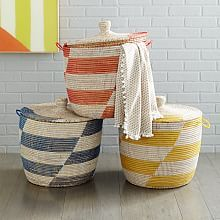 Graphic Printed Oversized Basket