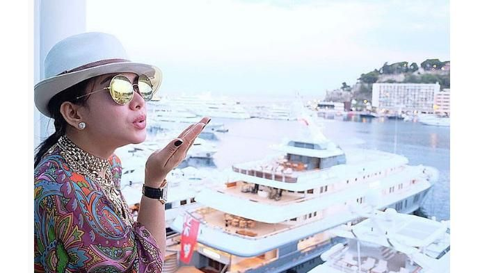 Fashion Syahrini - Penampilan Incess Ala Penyihir Di Film Narnia, Begini Kata Netizen!