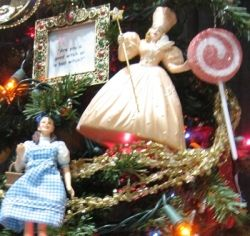 38 best Wizard of Oz Ornaments images on Pinterest | Wizards ...