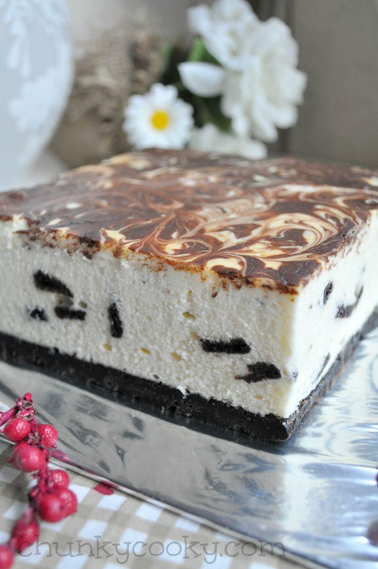 KitKat and Oreo Cheesecake