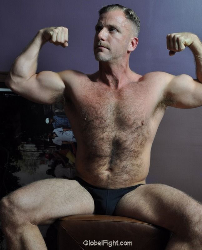 Hairy Wrestler Flexing Speedos  Wrestling  Muscle Men -6590