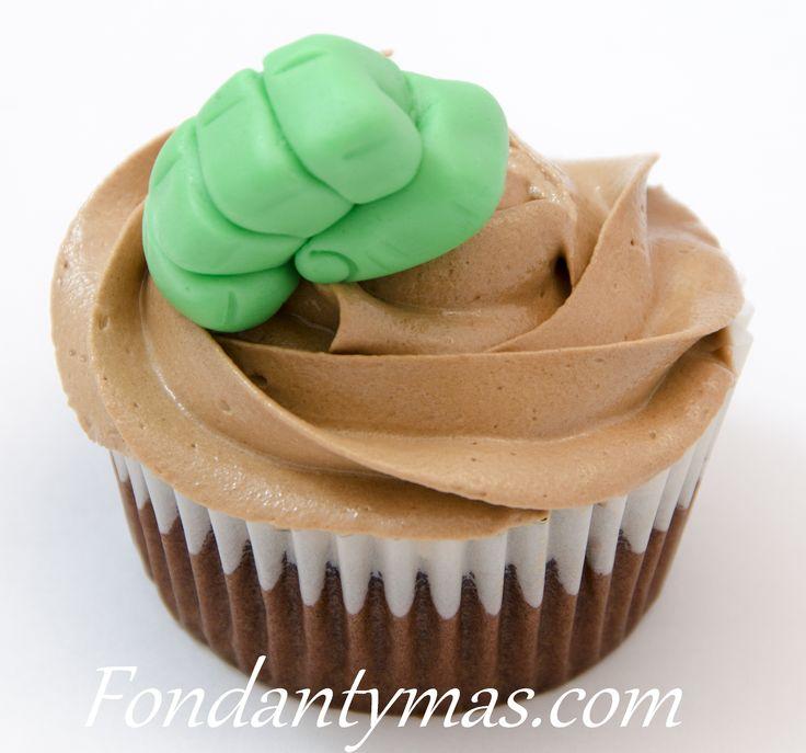 Cupcake Los Vengadores, Mano de Hulk