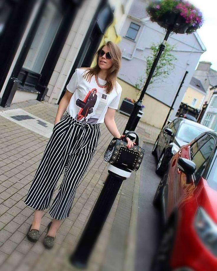 "Culottes, strypes, summer outfits, outfit ideas, zara  By New Me Myself & I (@newmemyselfandi) on Instagram: ""#streetphotography #streetstyle #streetwear #outfitoftheday #style #fashion #fashionblogger…"""