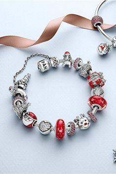 [MARCAS] PANDORA se prepara para la Navidad con su nueva colección #Modalia | http://www.modalia.es/marcas/marcas/9529-pandora-accesorios-navidad-pulseras.html