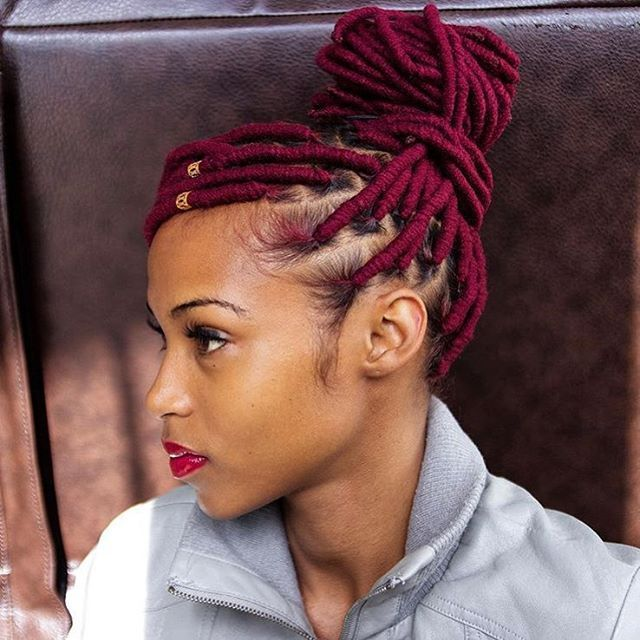 Stupendous 1000 Ideas About Yarn Braids On Pinterest Yarn Twist Natural Short Hairstyles Gunalazisus