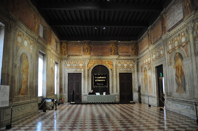 The Olympic Theater in Vicenza | Italian Ways
