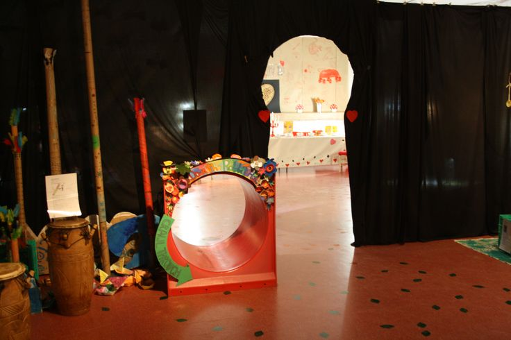 Primary School Art Show. Inspired by Alice in Wonderland. Will you enter via the rabbit hole or giant keyhole?