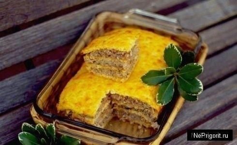 Пирог с курицей или индейкой в сырном тесте / Не пригорит - кулинарные рецепты с фотографиями