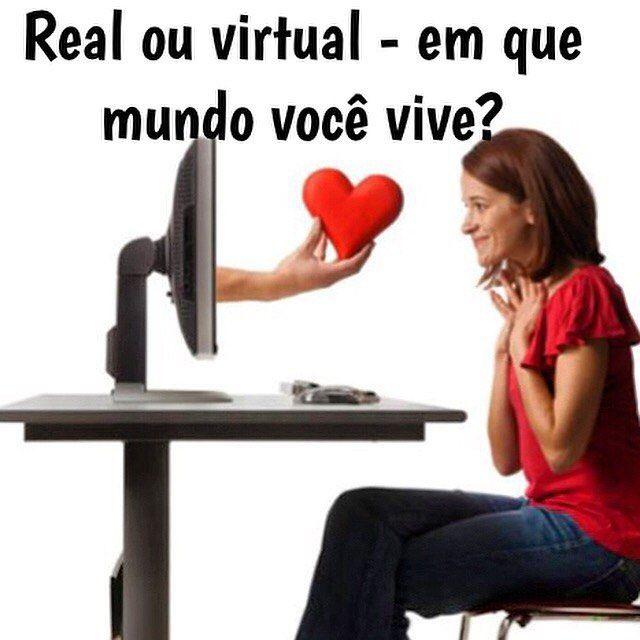 An awesome Virtual Reality pic! As redes sociais já fazem parte do cotidiano mas os excessos podem ser evitados. O psicólogo e escritor Alexandre Bez dá dicas preciosas para valorizar a vida real em todos os sentidos. #vidareal #redesociais #social #viciadaemredessociais #realidadevirtual #saiadainternet #vivaavida #virtualreality #virtualworld #upwomen Leia mais: www.upwomen.com.br by revistaupwomen check us out: http://bit.ly/1KyLetq