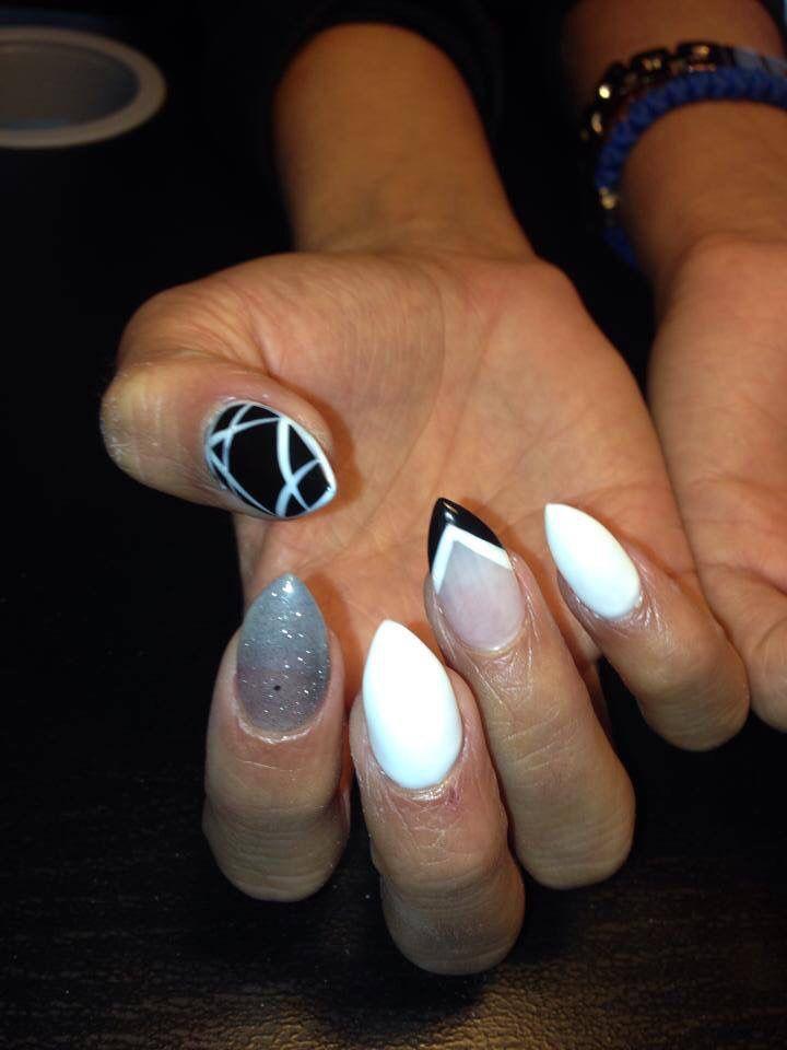 https://www.facebook.com/Creativenails.au  Snow White nails creations Perth, Alkimos  0403644919