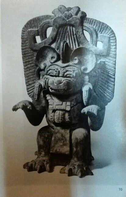 Urne funeraire  Figurengefässe aus Oaxaca/ Mexico Schuler-Schömig Immina von  Editorial: Museum für Völkerkunde, Berlin (1970) plate 70
