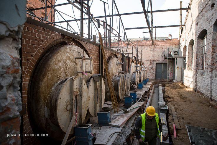 Historyczne kotły będą elementem ekspozycji w #MuzeumPolskiejWódki, które znajdzie się na terenie #CentrumPraskieKoneser #postindustrial #postindustrialspaces #Koneser #PragaDistrict