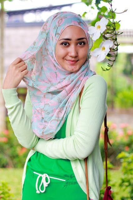 Natural face of Dian Pelangi I Love Green :D