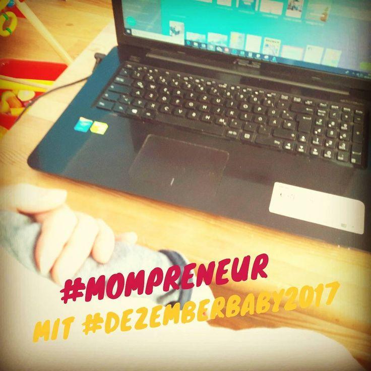 Als #Mompreneur geht es manchmal nicht anders, dann muss das #dezemberbaby2017 auf #Mamas Arm schlafen, während Mama arbeitet.  ⠀⠀⠀⠀⠀⠀⠀⠀⠀  #mamarausch #workingmom #mitbaby #vormwochenende   #girlboss #entrepreneur #mompreneur #mompreneurlife #mompreneurship #vielzutun  #baby #dezemberbaby #dezemberbaby2017 #babygirl #kleineschwester #babylove #einfachliebe ⠀⠀⠀⠀⠀⠀⠀⠀⠀  Sent via @planoly #planoly