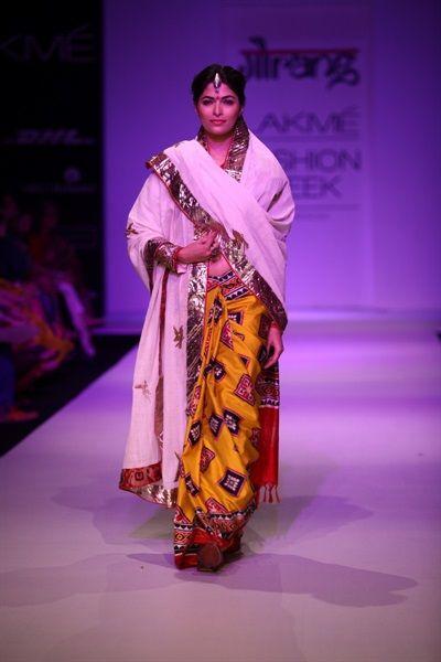 patola Indian sari   Gaurang's Patan Patola Collection & Kiron Kher's…