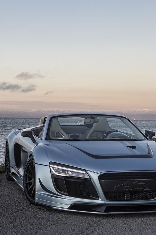 Audi R8 spider is very a very cool and beautiful Car.If I was rich  I will buy this nice car.Audi R8 Spider is my favorit car hever