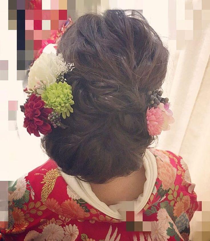 . . 和装 hair ☺︎❤︎ . ショートボブの長さですが シニヨン部分はパッチンエクステで✌🏻️ . . #ヘアアレンジ#花嫁#プレ花嫁#結婚式#波ウェーブ#結婚式ヘア#宇都宮#色打掛#和装ヘア#成人式#成人式ヘア#白無垢#白無垢ヘア#ゆるふわ#gardenwedding#CD#WD#hair#arrange#hairstyle#hairmake#wedding#bridal#risa_arrange